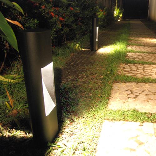iluminacao jardim poste:Ilumine seu jardim, de forma sustentável. – Giacomelli Blog